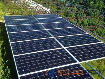 На фотографии солнечные панели в г. Покров
